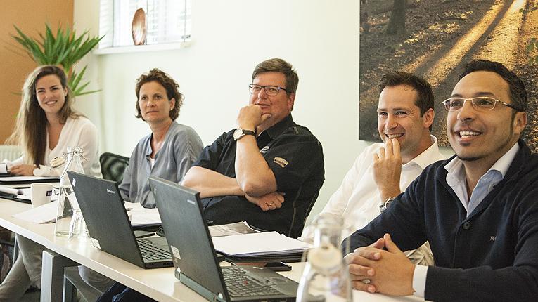 BOS combineert e-learning met klassikale (sales) trainingen in o.a. Ermelo